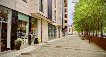 ELIKADENA Donostia San Sebastián HOSFRINOR Especialistas en instalaciones de bares, restaurantes, hoteles, sociedades gastronómicas, colegios... Frío Industrial y Comercial